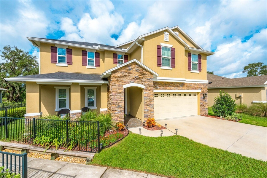 Real Estate Photography - 13118 CHRISTINE MARIE CT, JACKSONVILLE, FL, 32225 - Location 3