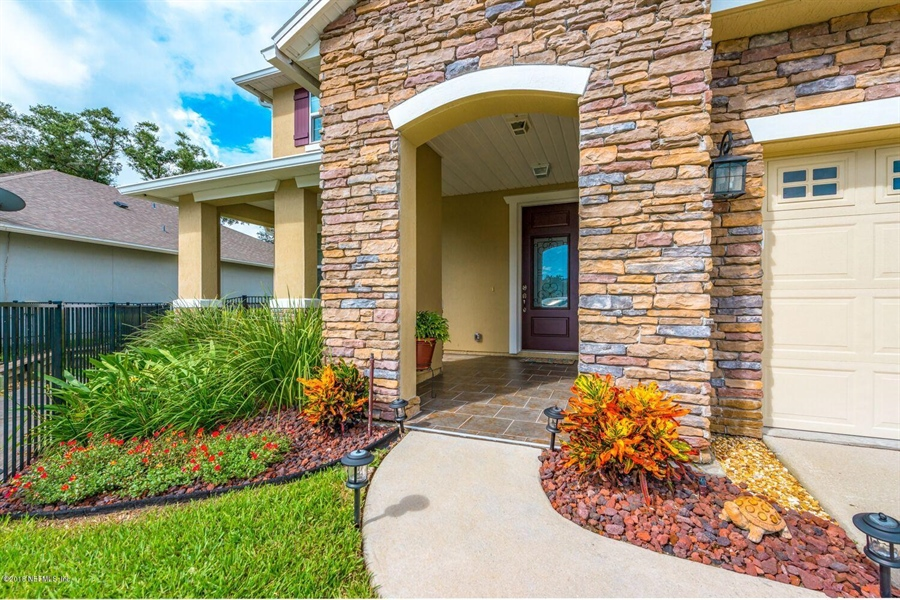 Real Estate Photography - 13118 CHRISTINE MARIE CT, JACKSONVILLE, FL, 32225 - Location 5