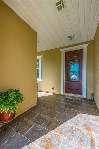 Real Estate Photography - 13118 CHRISTINE MARIE CT, JACKSONVILLE, FL, 32225 - Location 6
