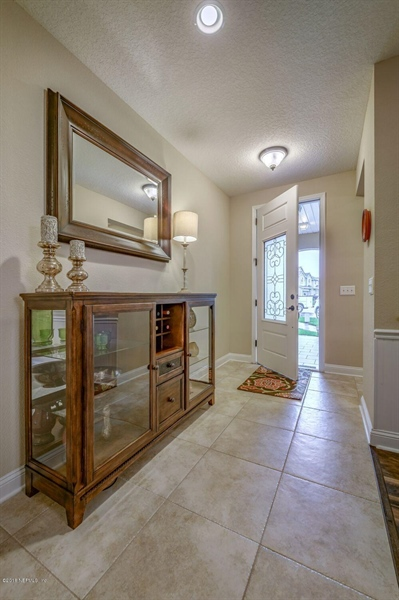 Real Estate Photography - 13118 CHRISTINE MARIE CT, JACKSONVILLE, FL, 32225 - Location 8