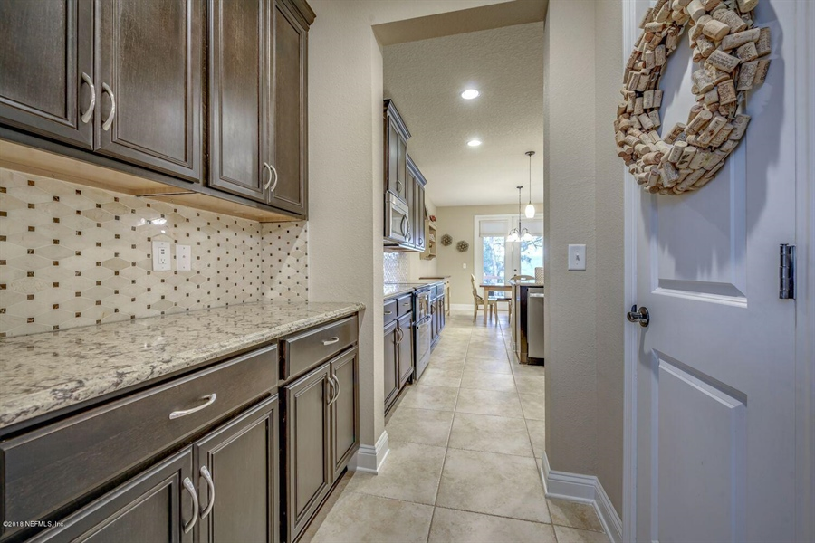 Real Estate Photography - 13118 CHRISTINE MARIE CT, JACKSONVILLE, FL, 32225 - Location 18