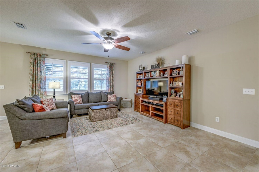 Real Estate Photography - 13118 CHRISTINE MARIE CT, JACKSONVILLE, FL, 32225 - Location 21