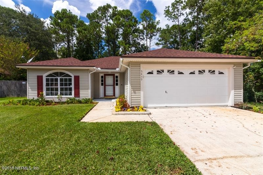 Real Estate Photography - 5439 Blue Pacific Dr, Jacksonville, FL, 32257 - Location 3