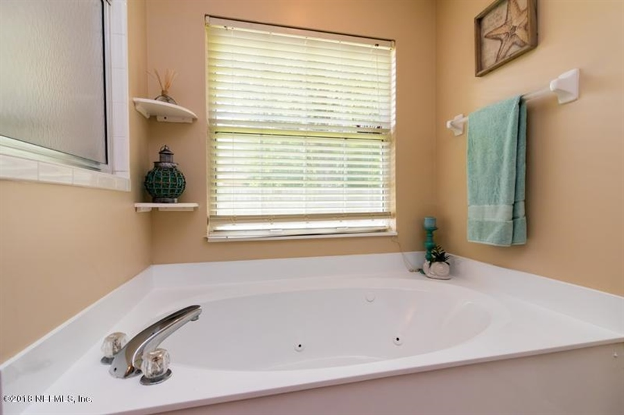 Real Estate Photography - 5439 Blue Pacific Dr, Jacksonville, FL, 32257 - Location 29