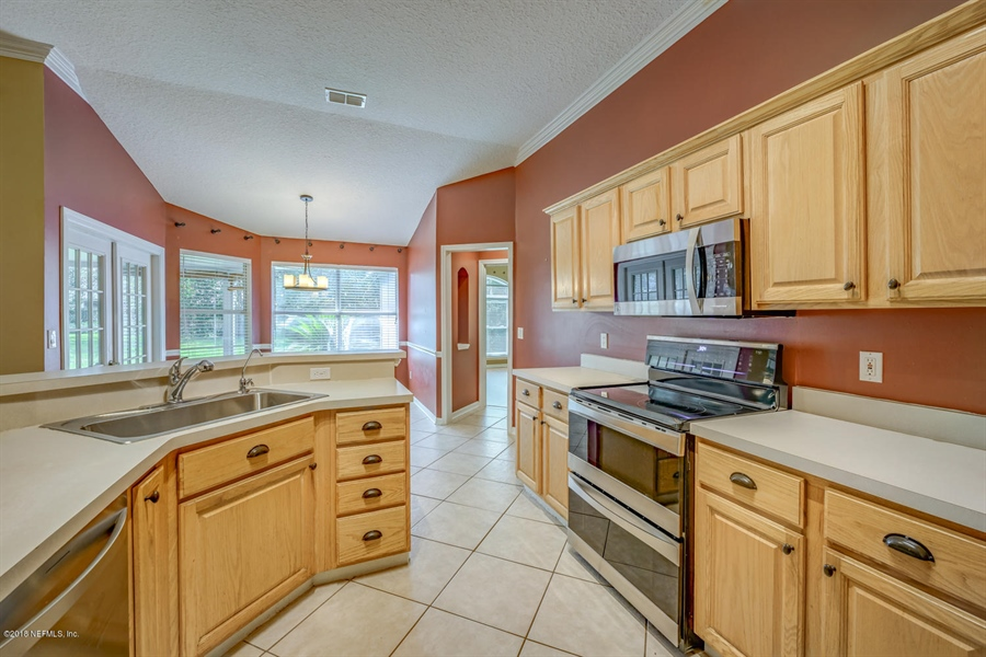 Real Estate Photography - 2134 Grassy Basin Ct, Jacksonville, FL, 32224 - Location 11