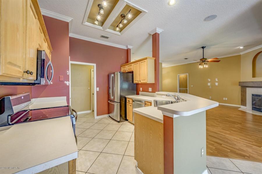 Real Estate Photography - 2134 Grassy Basin Ct, Jacksonville, FL, 32224 - Location 12