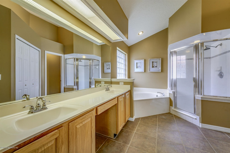 Real Estate Photography - 2134 Grassy Basin Ct, Jacksonville, FL, 32224 - Location 19