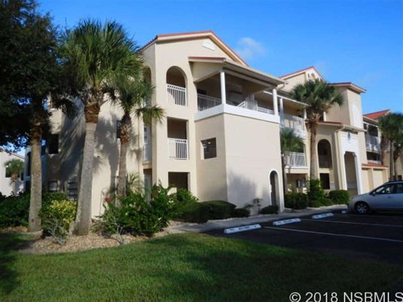 Real Estate Photography - 443 Bouchelle Dr, Apt 202, New Smyrna Beach, FL, 32169 - Location 1