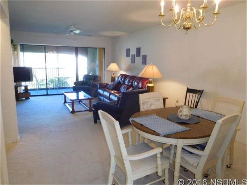 Real Estate Photography - 443 Bouchelle Dr, Apt 202, New Smyrna Beach, FL, 32169 - Location 6