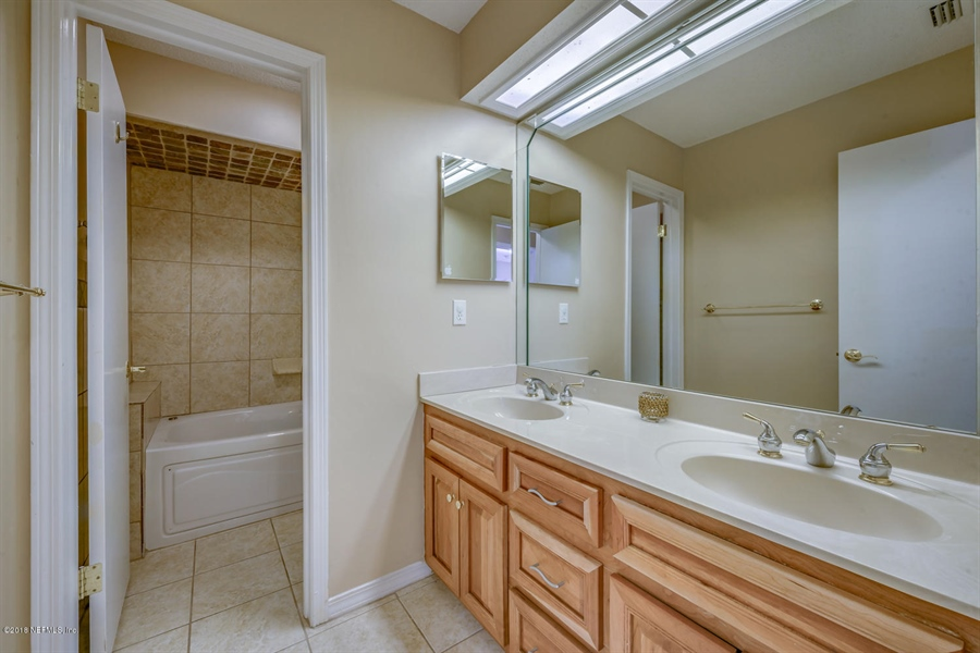 Real Estate Photography - 2905 Isser Ct, Jacksonville, FL, 32257 -