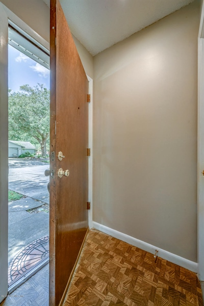 Real Estate Photography - 2515 WHITE HORSE RD, JACKSONVILLE, FL, 32246 - Location 4
