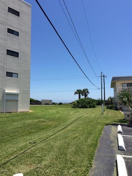Real Estate Photography - 2850 Ocean Shore Blvd, # 270, Ormond Beach, FL, 32176 - Location 12