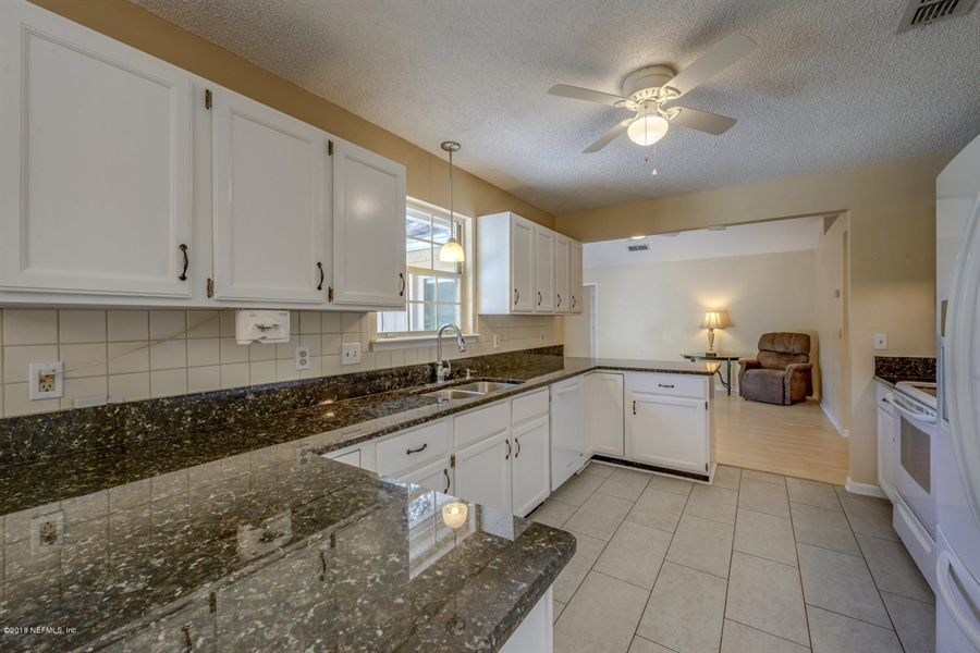 Real Estate Photography - 10905 Putney Ct, Jacksonville, FL, 32225 - Location 13