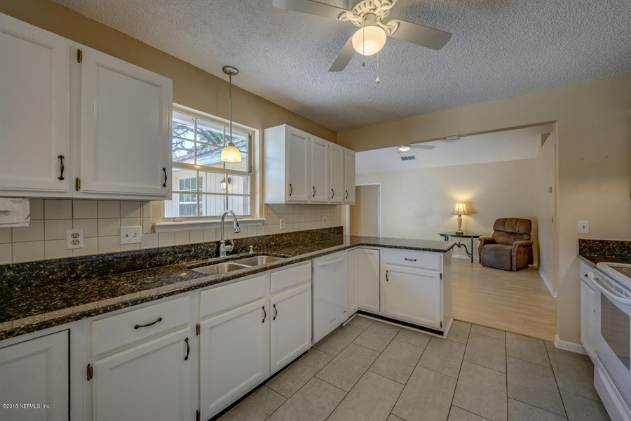 Real Estate Photography - 10905 Putney Ct, Jacksonville, FL, 32225 - Location 14