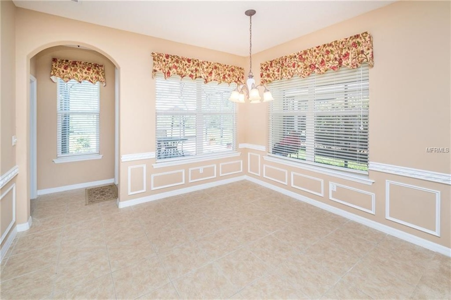 Real Estate Photography - 1398 Lexington Ave, Davenport, FL, 33837 - Location 12