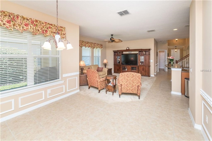 Real Estate Photography - 1398 Lexington Ave, Davenport, FL, 33837 - Location 15