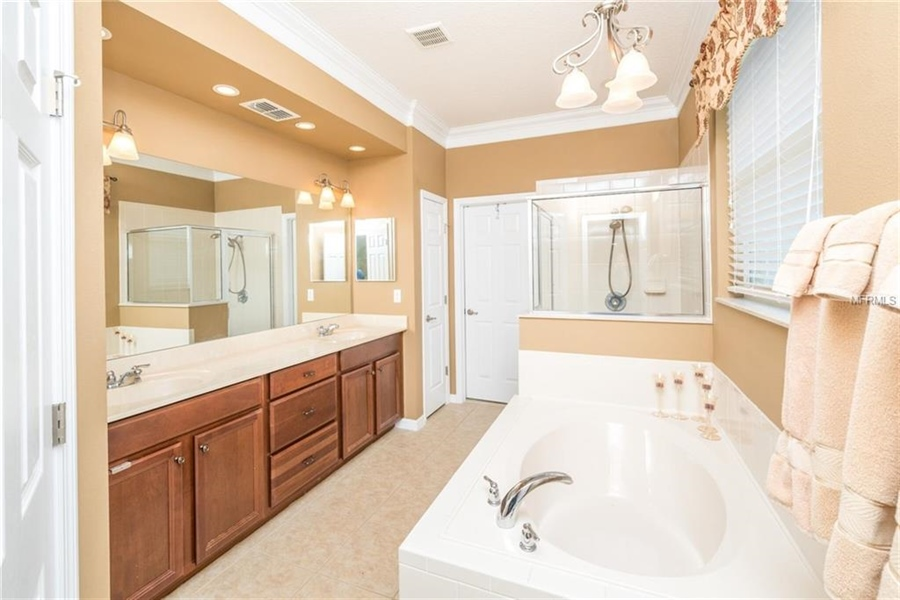 Real Estate Photography - 1398 Lexington Ave, Davenport, FL, 33837 - Location 18
