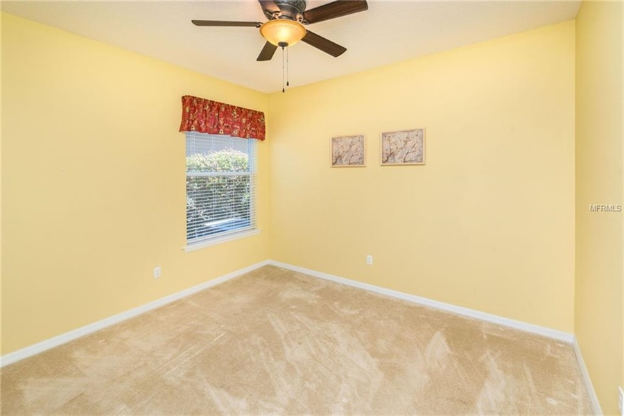 Real Estate Photography - 1398 Lexington Ave, Davenport, FL, 33837 - Location 20