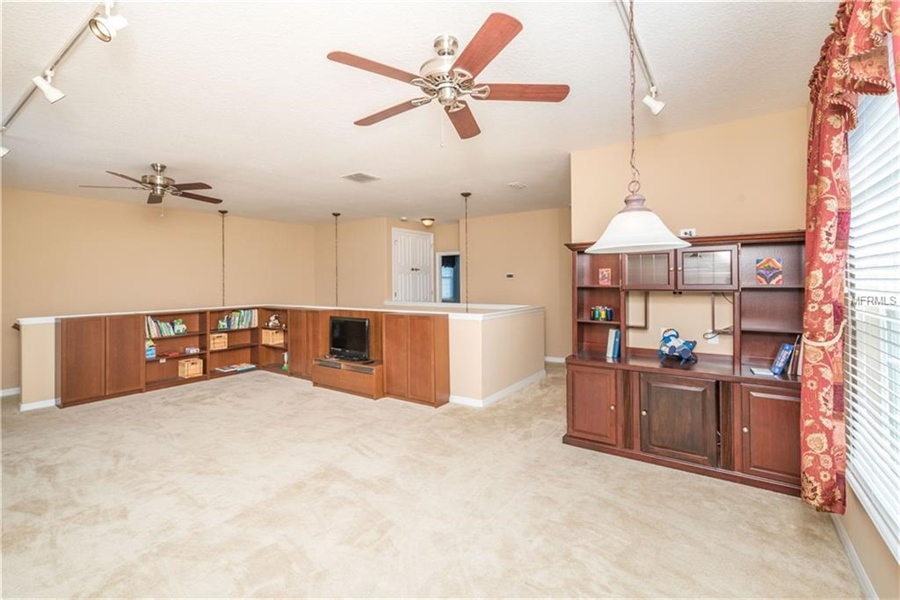 Real Estate Photography - 1398 Lexington Ave, Davenport, FL, 33837 - Location 26