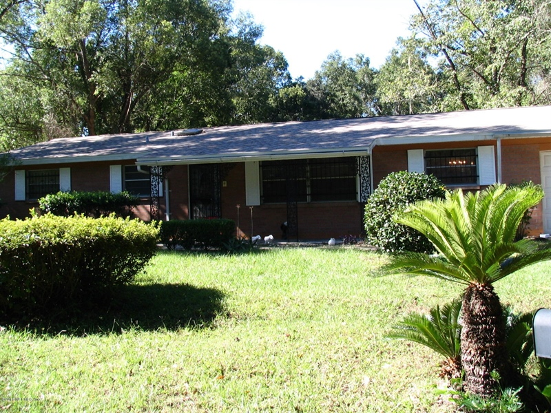 Real Estate Photography - 4210 Ribault River Ln, Jacksonville, FL, 32208 - Location 1