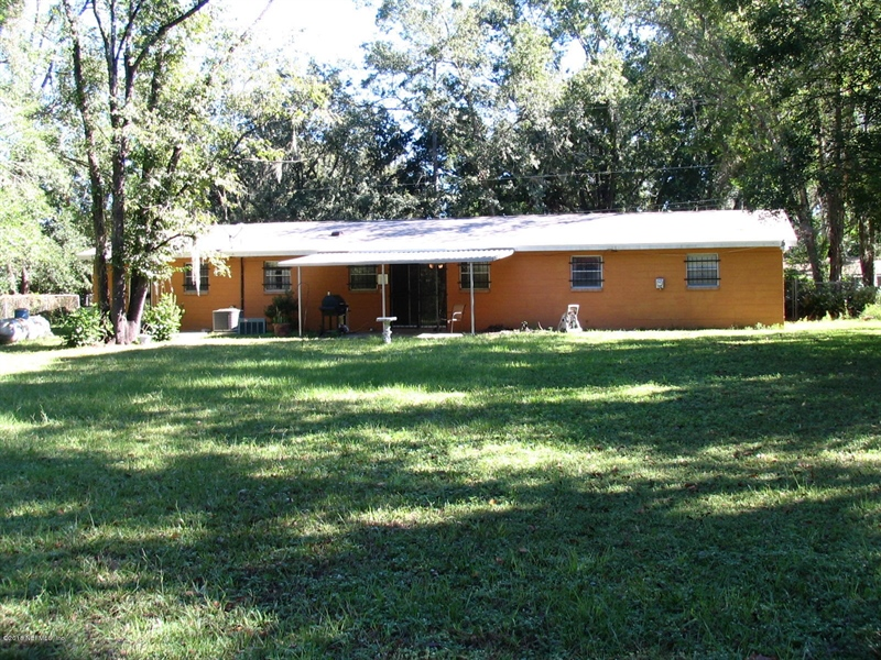 Real Estate Photography - 4210 Ribault River Ln, Jacksonville, FL, 32208 -