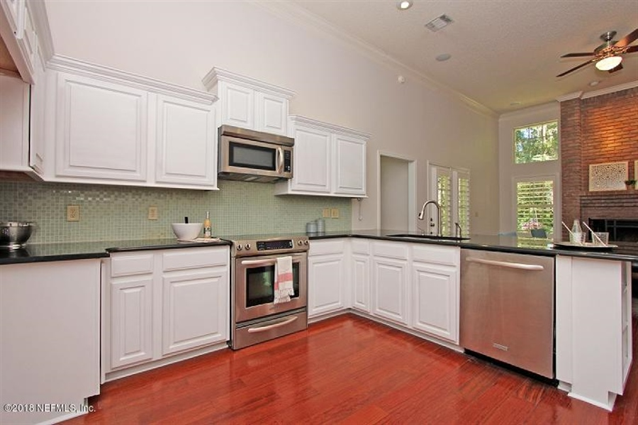 Real Estate Photography - 13220 Pecky Cypress Dr, Jacksonville, FL, 32223 - Location 11