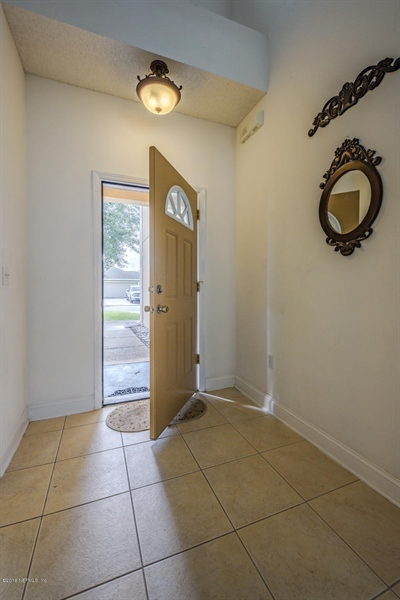 Real Estate Photography - 7525 Advantage Ct, Jacksonville, FL, 32277 - Location 5