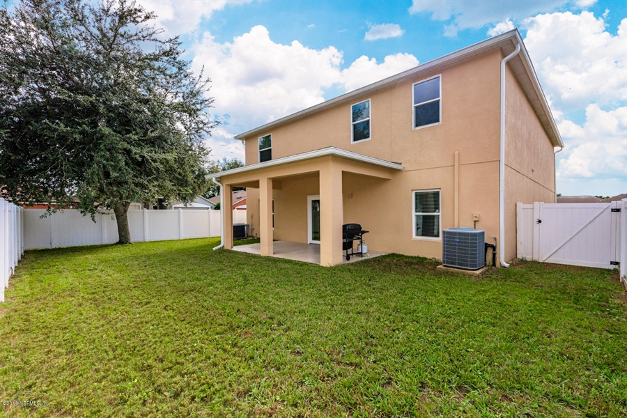 Real Estate Photography - 7525 Advantage Ct, Jacksonville, FL, 32277 -