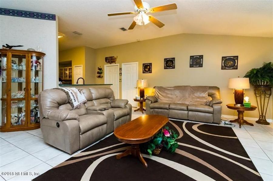 Real Estate Photography - 14631 Greenover Ln, Jacksonville, FL, 32258 - Location 10