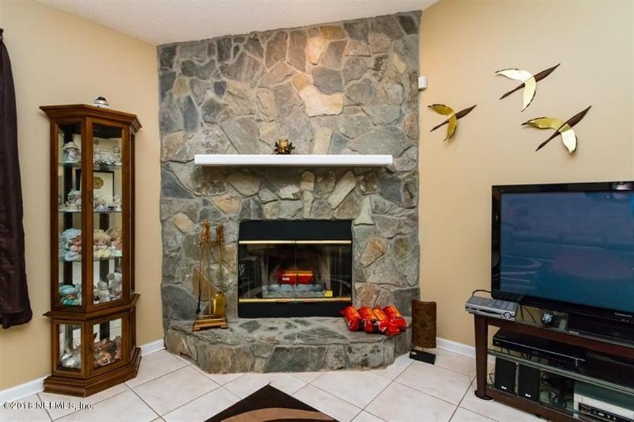 Real Estate Photography - 14631 Greenover Ln, Jacksonville, FL, 32258 - Location 11