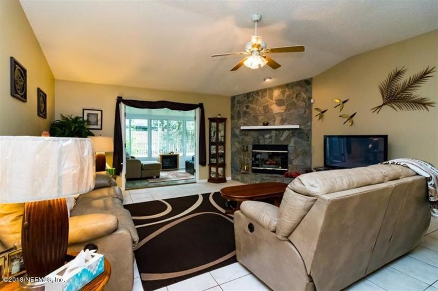 Real Estate Photography - 14631 Greenover Ln, Jacksonville, FL, 32258 - Location 13