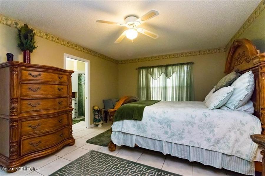 Real Estate Photography - 14631 Greenover Ln, Jacksonville, FL, 32258 - Location 18