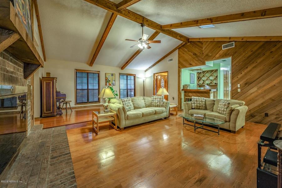 Real Estate Photography - 2303 Shipwreck Dr, Jacksonville, FL, 32224 - Location 10