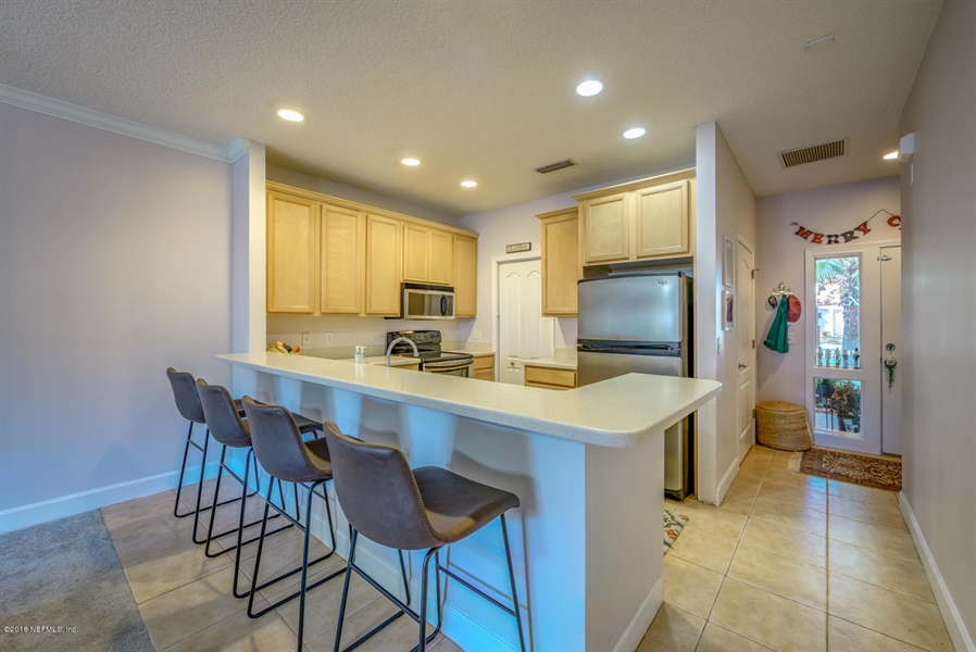 Real Estate Photography - 1404 4th Ave N, Unit D, Jacksonville Beach, FL, 32250 - Location 1