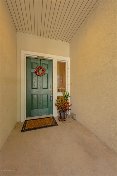 Real Estate Photography - 1404 4th Ave N, Unit D, Jacksonville Beach, FL, 32250 - Location 4