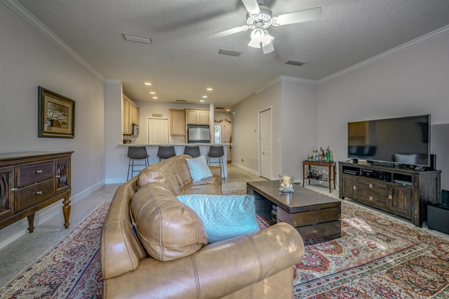Real Estate Photography - 1404 4th Ave N, Unit D, Jacksonville Beach, FL, 32250 - Location 10