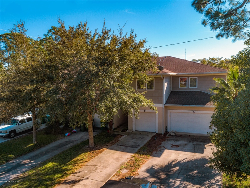 Real Estate Photography - 1404 4th Ave N, Unit D, Jacksonville Beach, FL, 32250 -