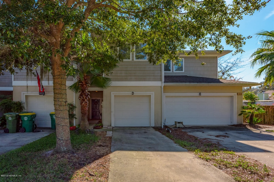 Real Estate Photography - 1404 4th Ave N, Unit D, Jacksonville Beach, FL, 32250 - Location 26