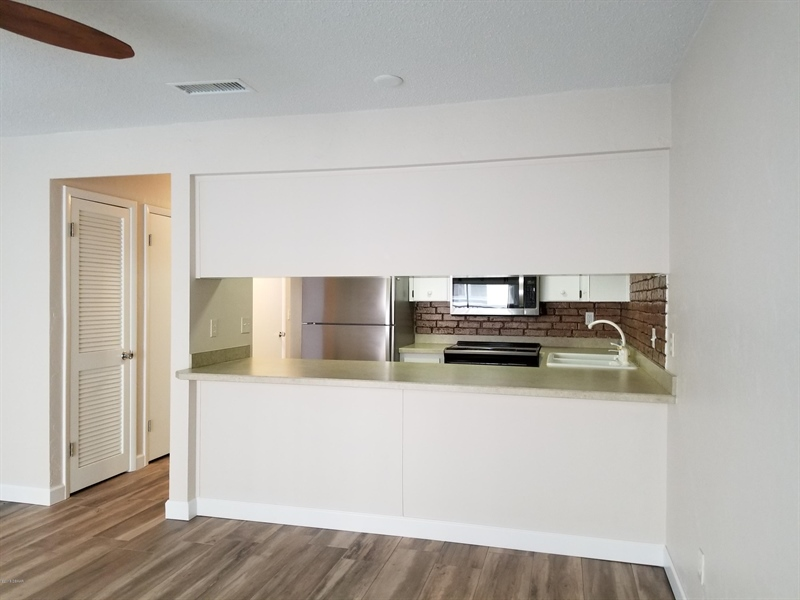 Real Estate Photography - 3641 S Atlantic Ave, Unit 212, Daytona Beach Shores, FL, 32118 - Location 7