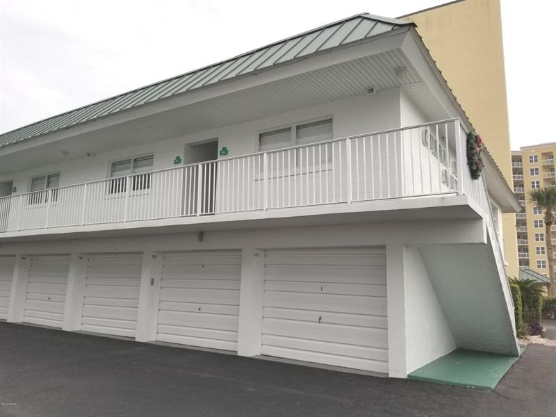 Real Estate Photography - 3641 S Atlantic Ave, Unit 212, Daytona Beach Shores, FL, 32118 - Location 26