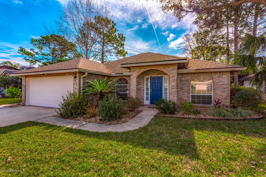 Real Estate Photography - 13582 Capistrano Dr S, Jacksonville, FL, 32224 - Location 3