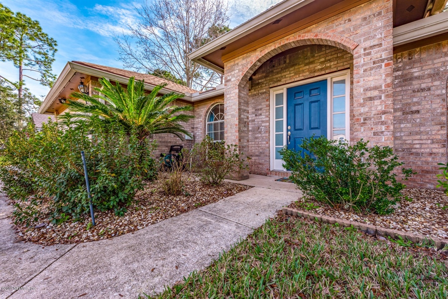 Real Estate Photography - 13582 Capistrano Dr S, Jacksonville, FL, 32224 - Location 4