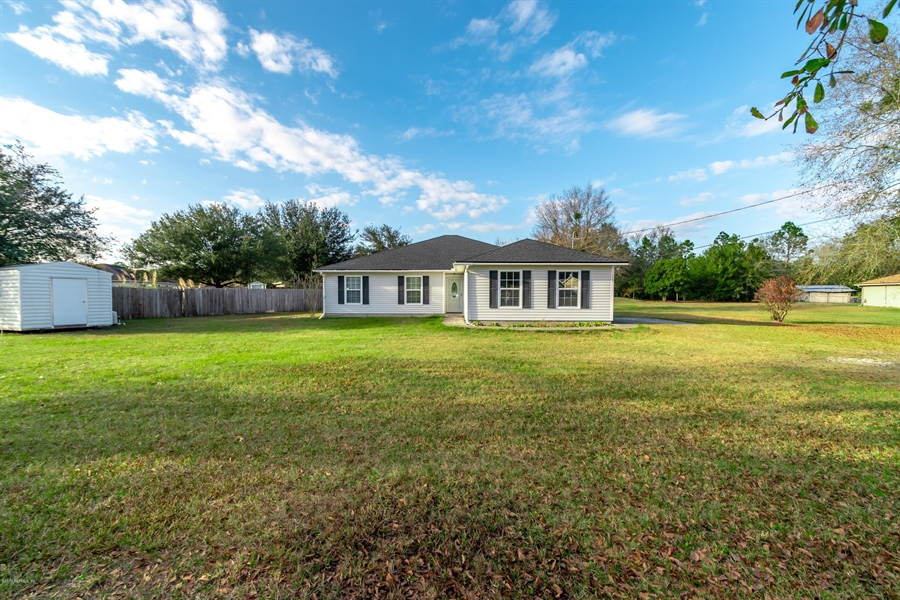Real Estate Photography - 11367 Old Gainesville Rd, Jacksonville, FL, 32221 - Location 2