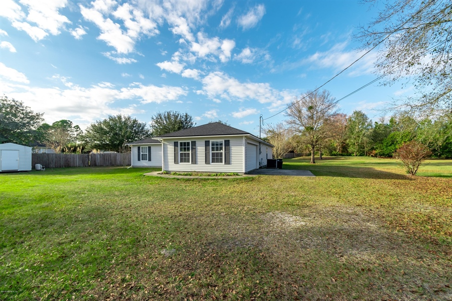 Real Estate Photography - 11367 Old Gainesville Rd, Jacksonville, FL, 32221 - Location 10