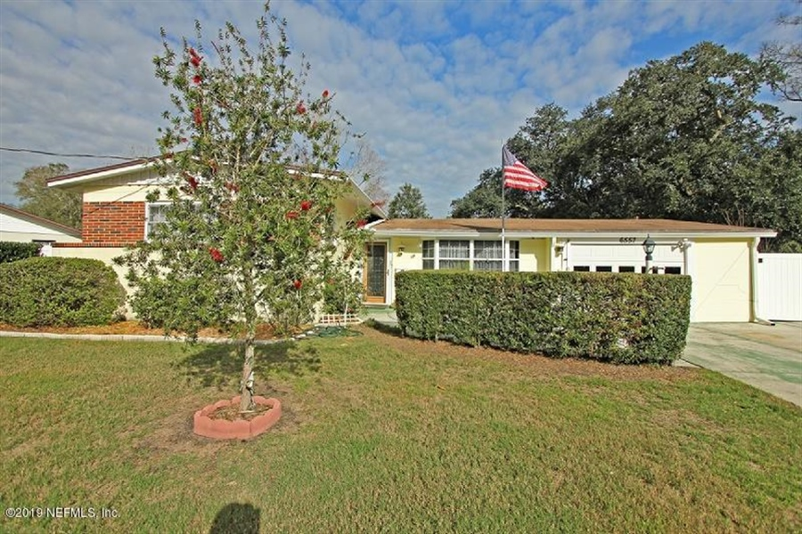 Real Estate Photography - 6557 Albicore Rd, Jacksonville, FL, 32244 - Location 1