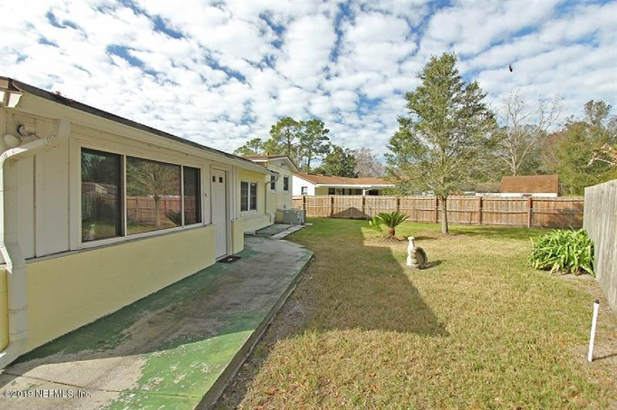 Real Estate Photography - 6557 Albicore Rd, Jacksonville, FL, 32244 - Location 17