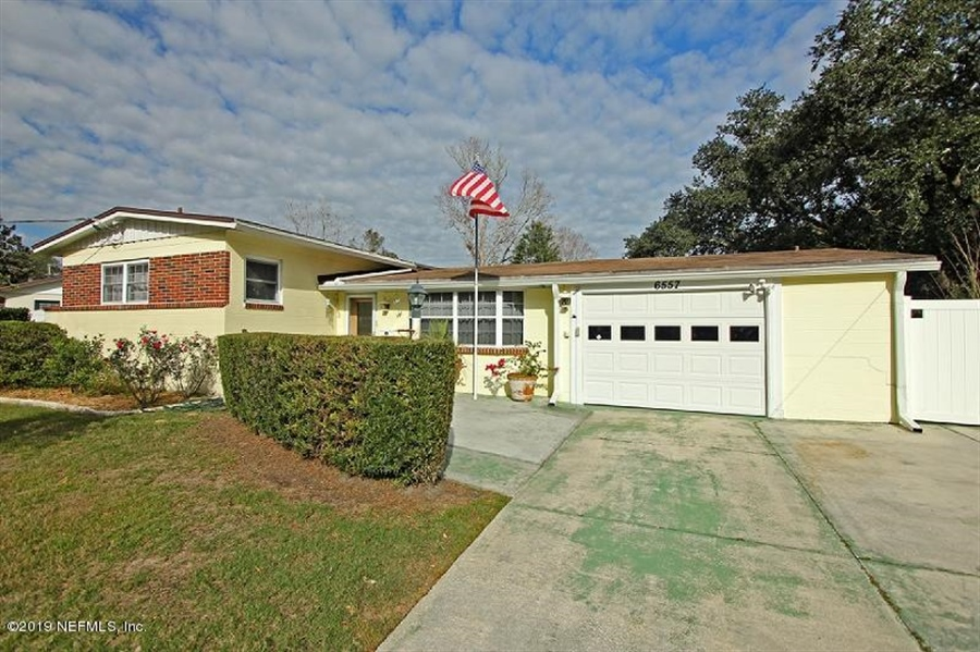 Real Estate Photography - 6557 Albicore Rd, Jacksonville, FL, 32244 - Location 21