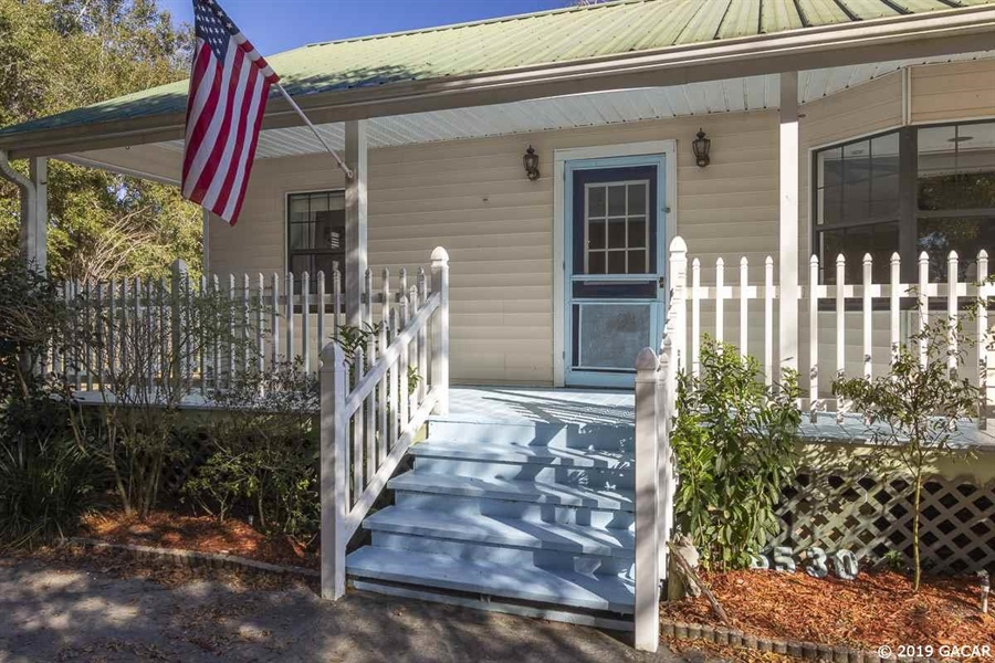 Real Estate Photography - 6530 NE 57th Ct, High Springs, FL, 32643 - Front Porch - Main House