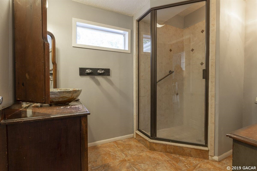 Real Estate Photography - 6530 NE 57th Ct, High Springs, FL, 32643 - Full Bath - Main House