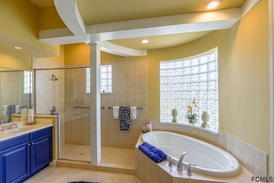 Real Estate Photography - 25 Casa Bella Cir, # 1303, Palm Coast, FL, 32137 - Location 22